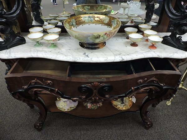 Large Cherry Pier Table Sideboard with Marble Top and Mirrors