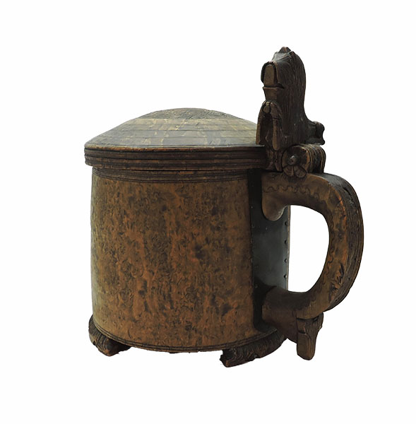 Rosewood Burl Ovesized Tankard with Lion Handle