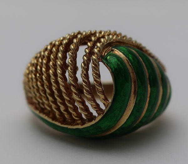 18K Green Enamel Ring-7 1/4 size