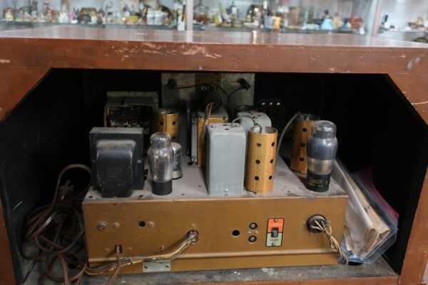 Zenith Long Distance Short Wave Radio Chassis 5808