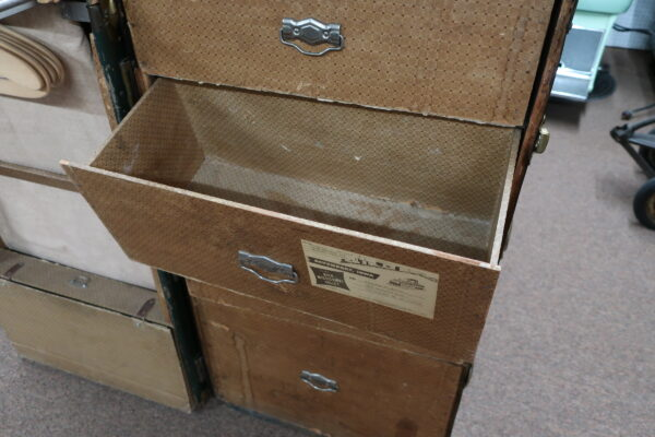 Steamer Trunk with Drawers